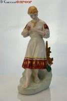 Девушка с ромашкой - фарфоровая СССР купить