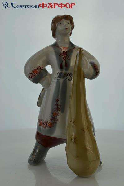 Катигорошко - мальчик с дубиной - фарфоровая статуэтка